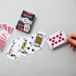 Étui du jeu de cartes bridge rouge